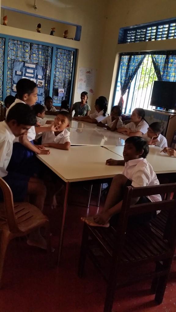 Les enfants en cours d'orthophonie - Crédit Photo : Emmanuelle Gunaratne